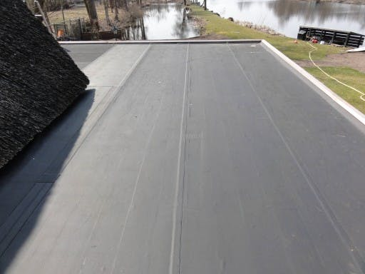 Dakbedekking plat dak alle mogelijkheden op een rijtje